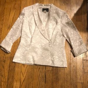 Alex evenings size large silky white dress coat